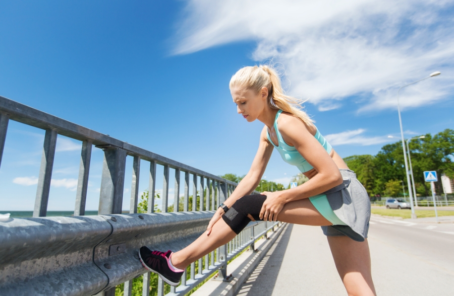 8 Tips to Keep Your Knees Pain Free While Walking