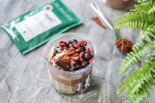 vegan high-protein chocolate berry breakfast jar