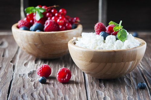 Healthy cottage cheese with mixed berries